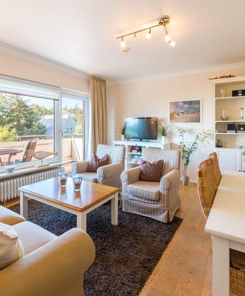 01 Sylt Westerland Flat Living Room Tripod