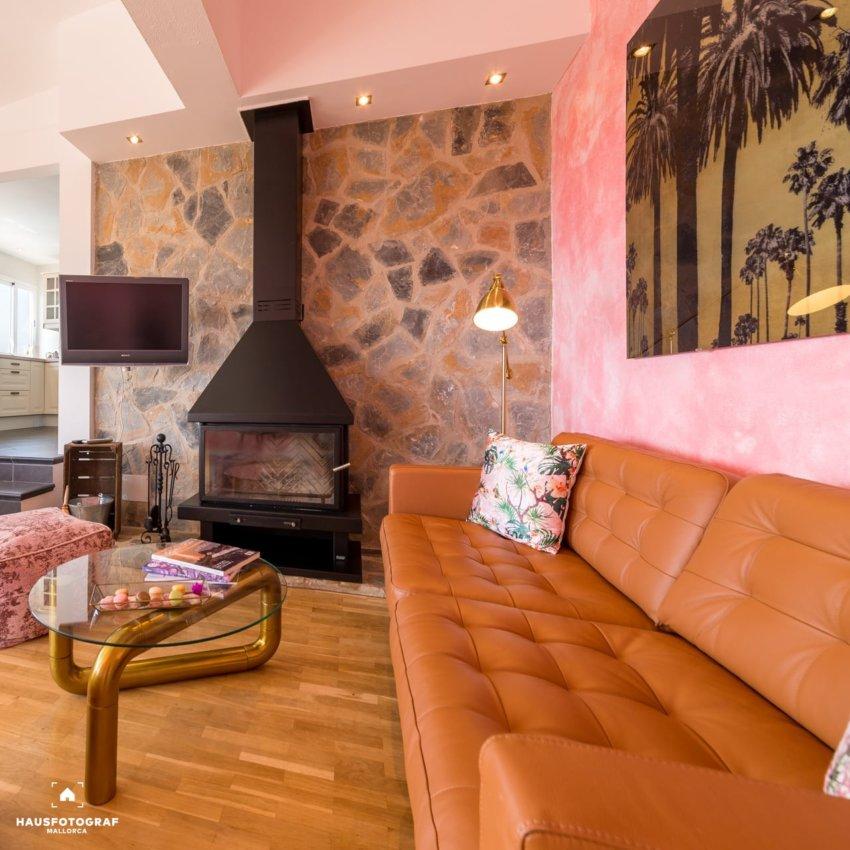 03 Mallorca Portals Living Room Tripod