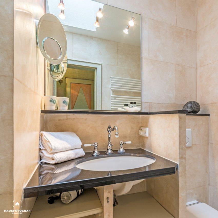 10 Sylt Westerland Bathroom